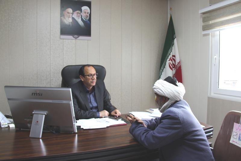 طي روز جاري فرماندار با تعداد زيادي از مردم قائنات در محل دفتر كارش ملاقات نمود